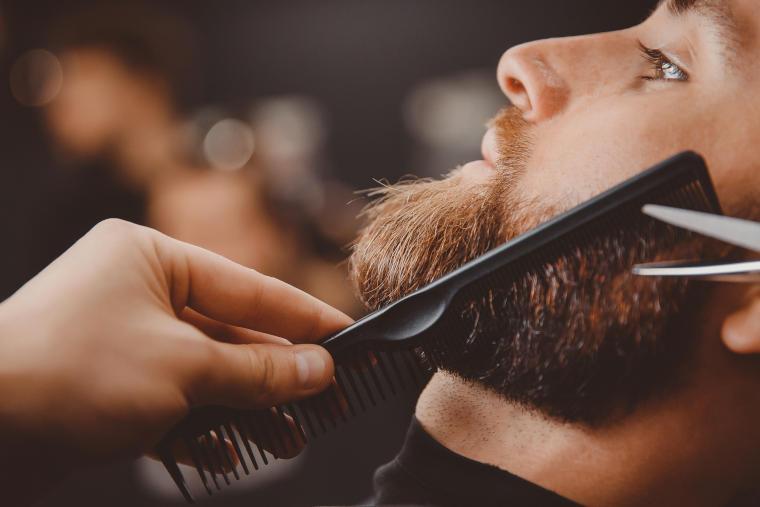 Türkische Rasur, Angebot des Friseursalons E. F. Lüx in Straubing
